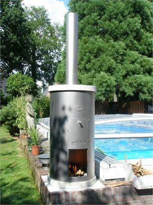 Le chauffage unique pour piscine st rvatt prolonge la for Chauffe eau piscine au bois